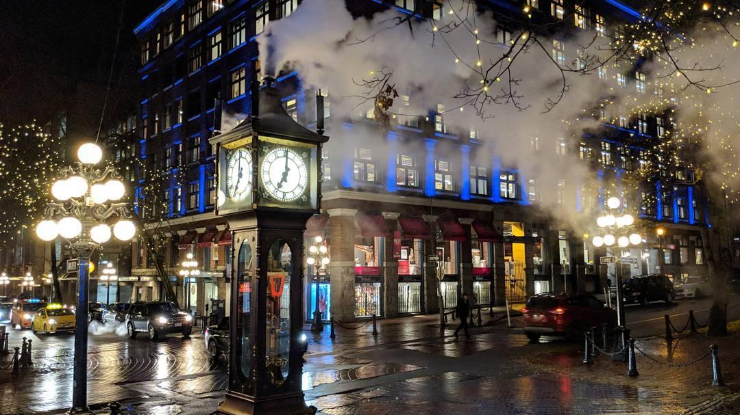 Gastown steam clock steaming