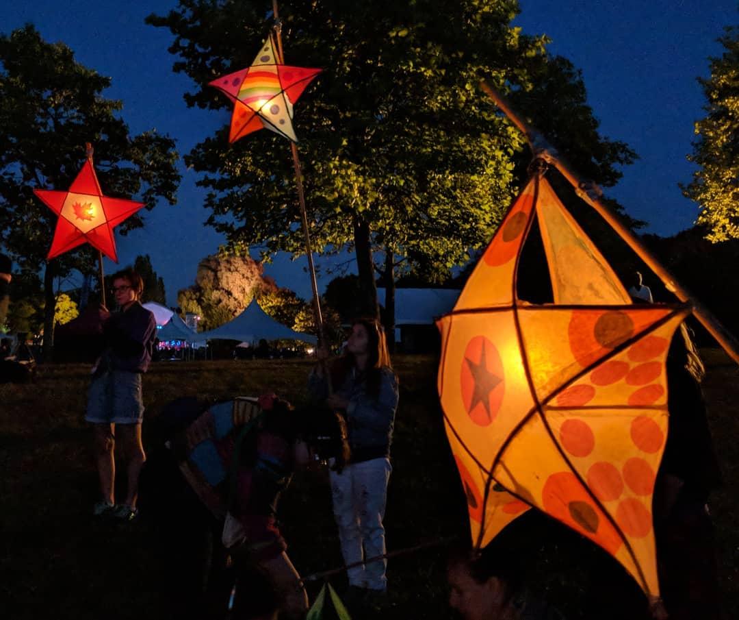 star-shaped lanterns